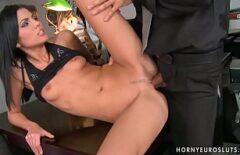 Porn With A Stylish Bitch