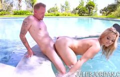 Anal Sex In The Pool With A Blonde Rare Beauty